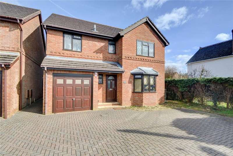 4 Bedrooms Detached House for sale in Liphook Road, Lindford, Bordon, Hampshire