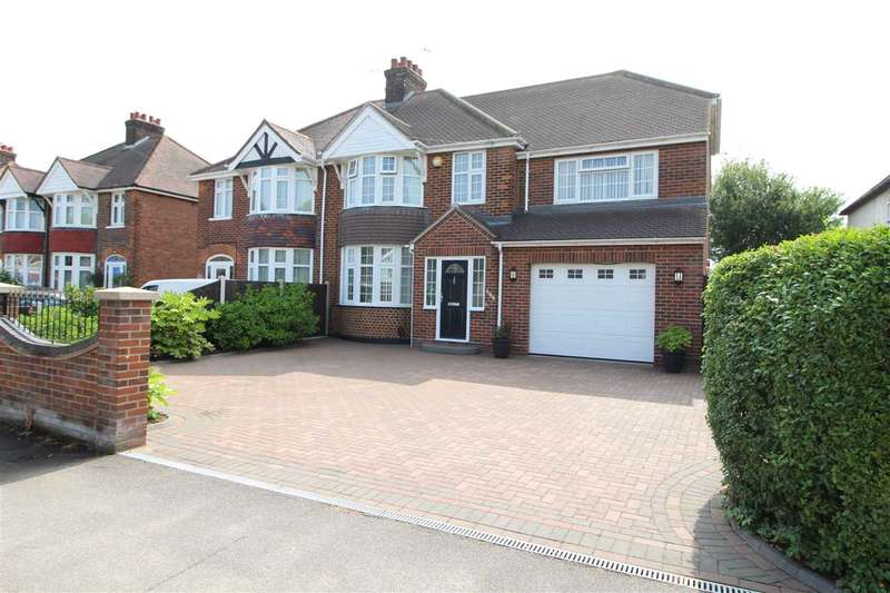 5 Bedrooms Semi Detached House for sale in Ipswich Road, Colchester