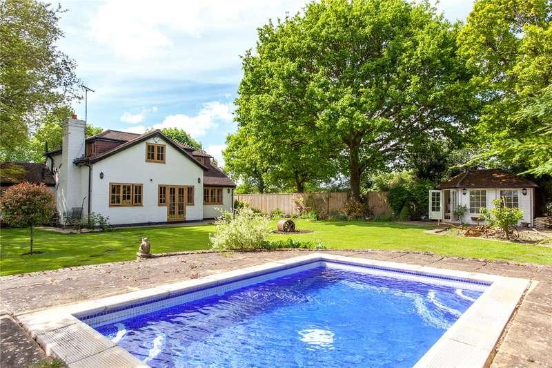 3 Bedrooms Detached House for sale in Bottle Lane, Warfield, Berkshire, RG42
