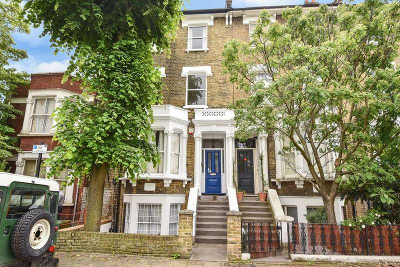 5 Bedrooms Semi Detached House for sale in Burton Road, Stockwell