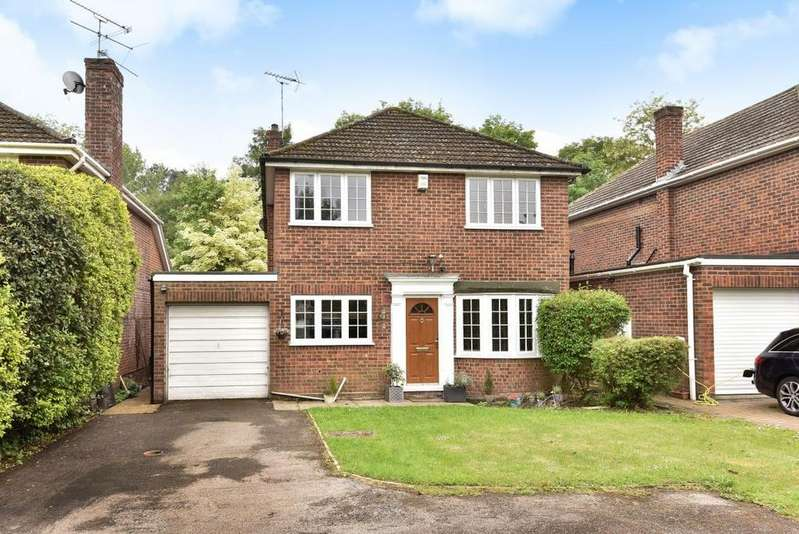 4 Bedrooms Detached House for sale in Luckley Road, Wokingham, RG41