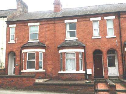 6 Bedrooms Terraced House for sale in Cheyney Road, Chester, Cheshire, CH1
