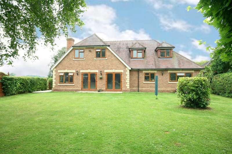 5 Bedrooms Detached House for sale in Oak End, Eaton Bray, Beds