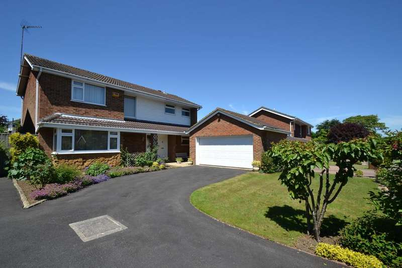 4 Bedrooms Detached House for sale in Beamish Way, Winslow