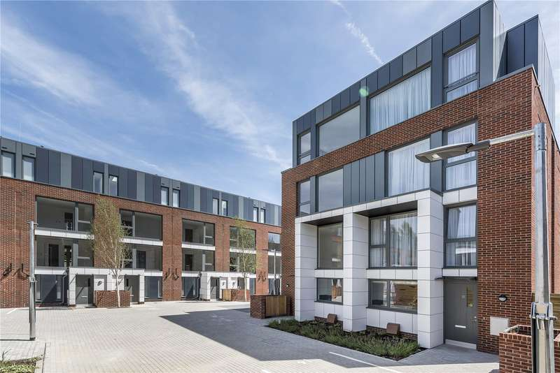 3 Bedrooms Detached House for sale in Clapham Road, London, SW9