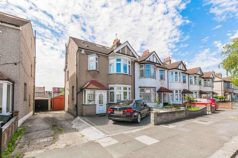 4 Bedrooms House for sale in Newbury Road, Newbury, IG2
