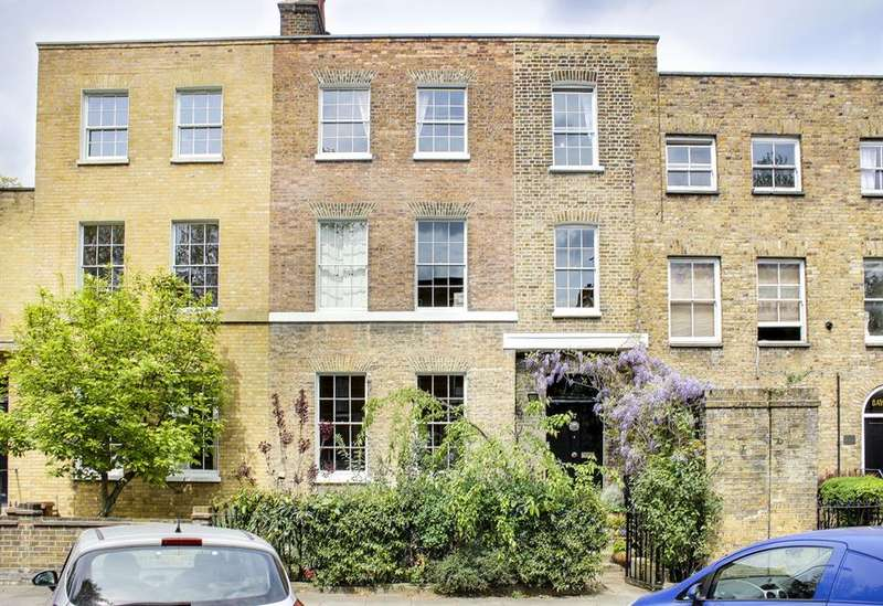 5 Bedrooms Property for sale in Sutton Place, London, E9