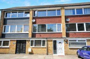 4 Bedrooms Terraced House for sale in Footscray Road, London, .
