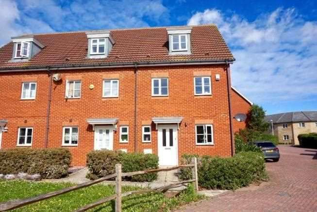 4 Bedrooms End Of Terrace House for sale in CARILLON CLOSE, HOO ST. WERBURGH