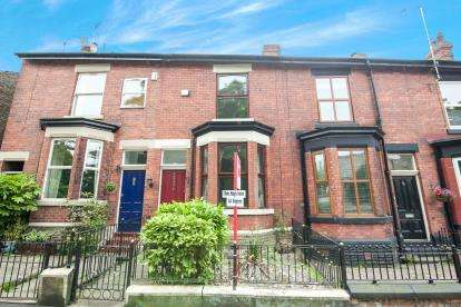 3 Bedrooms Terraced House for sale in High Street, Hyde, Greater Manchester, United Kingdom