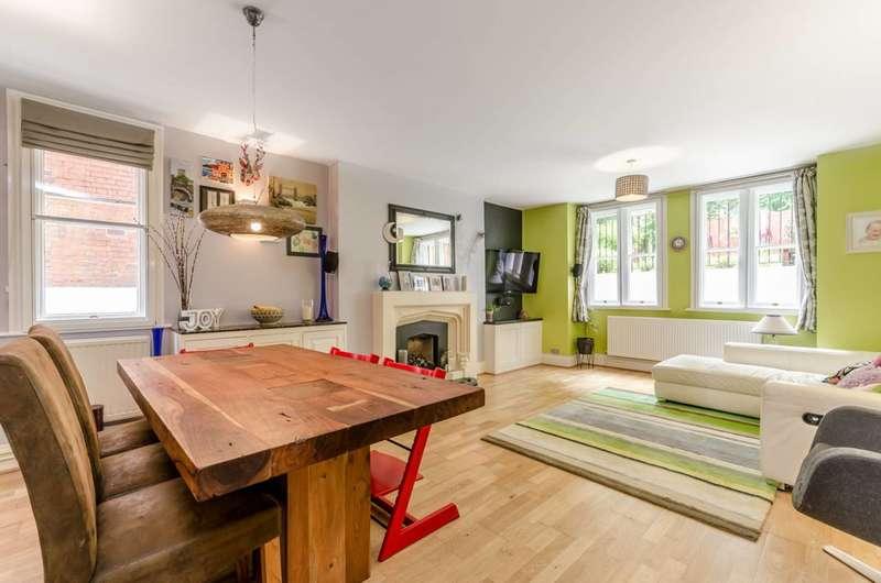 3 Bedrooms Maisonette Flat for sale in Crystal Palace Park Road, Sydenham, SE26