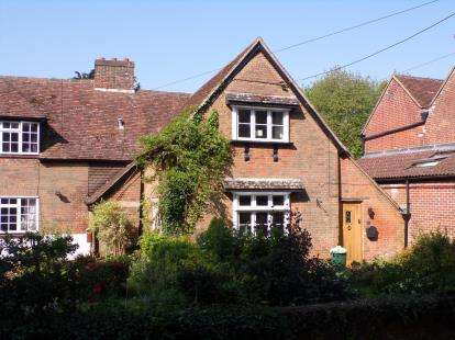 3 Bedrooms End Of Terrace House for sale in Totton, Southampton, Hants