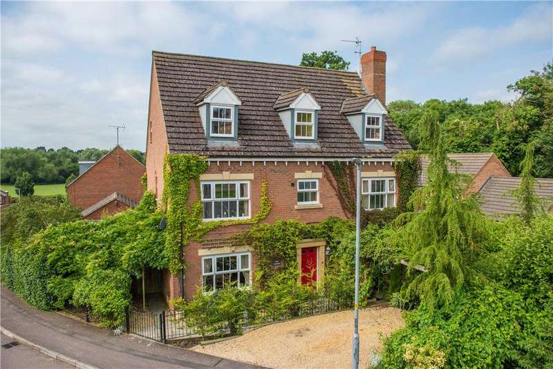6 Bedrooms Detached House for sale in Batsmans Drive, Rushden, Northamptonshire
