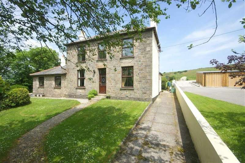 4 Bedrooms Detached House for sale in South Carn Marth, Redruth, Cornwall, TR16