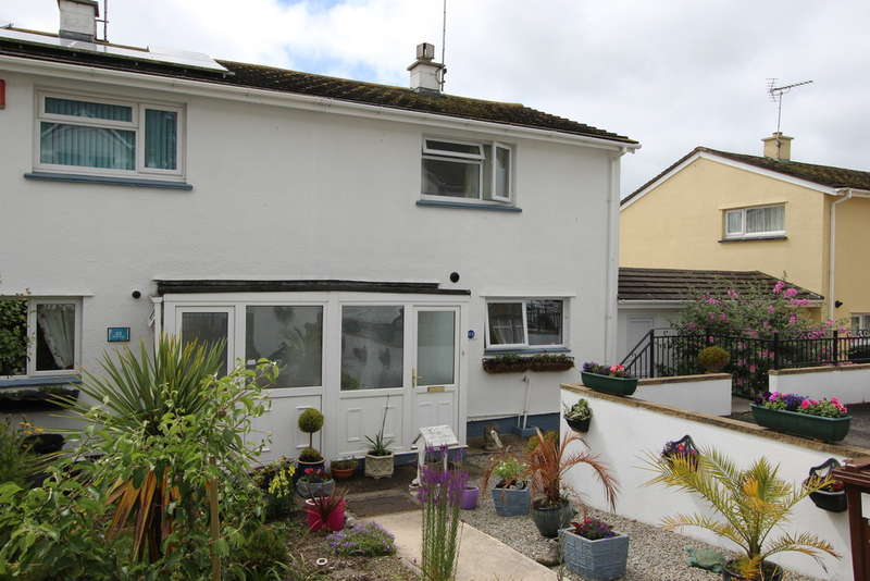 2 Bedrooms Semi Detached House for sale in North Road, Torpoint