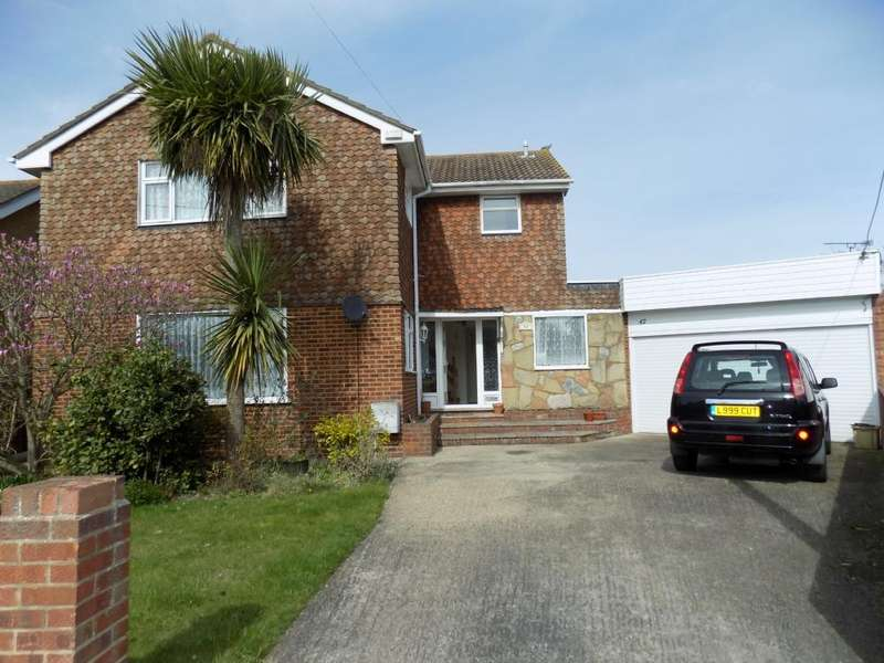 4 Bedrooms Detached House for sale in Mayland Avenue, Canvey Island, Essex, SS8 0BU