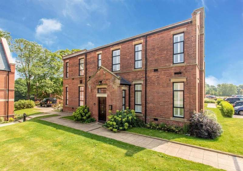 3 Bedrooms Semi Detached House for sale in Malborough House, Royal Connaught Park