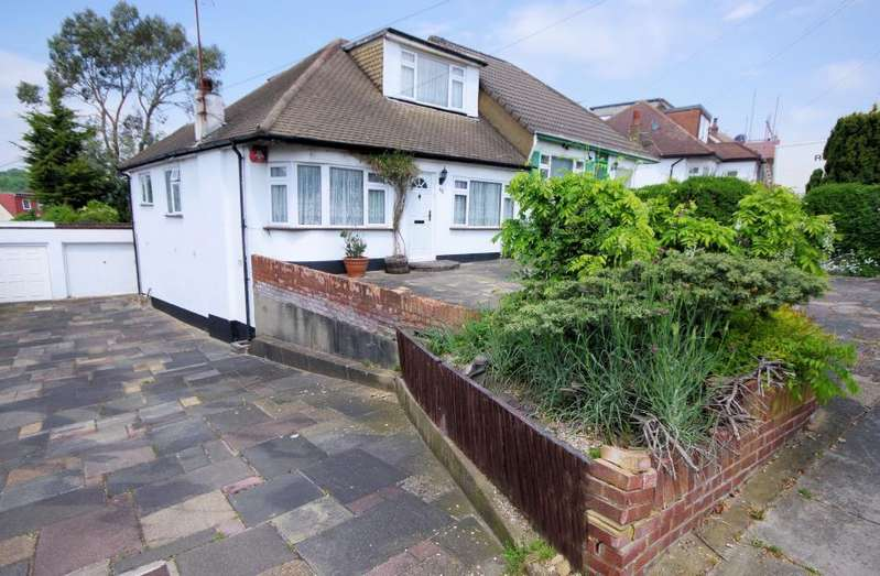 3 Bedrooms Semi Detached Bungalow for sale in BITTACY RISE, MILL HILL, NW7