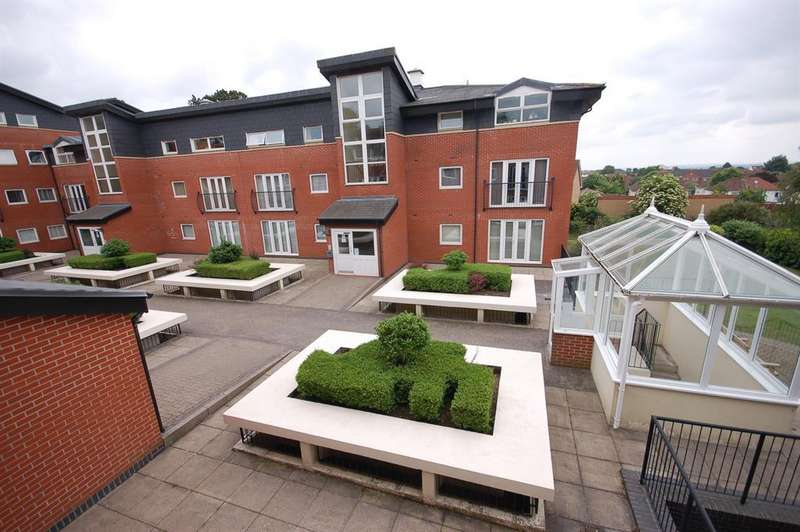 1 Bedroom Flat for sale in High Point House, Lodge Road, Bristol, BS15 1TB