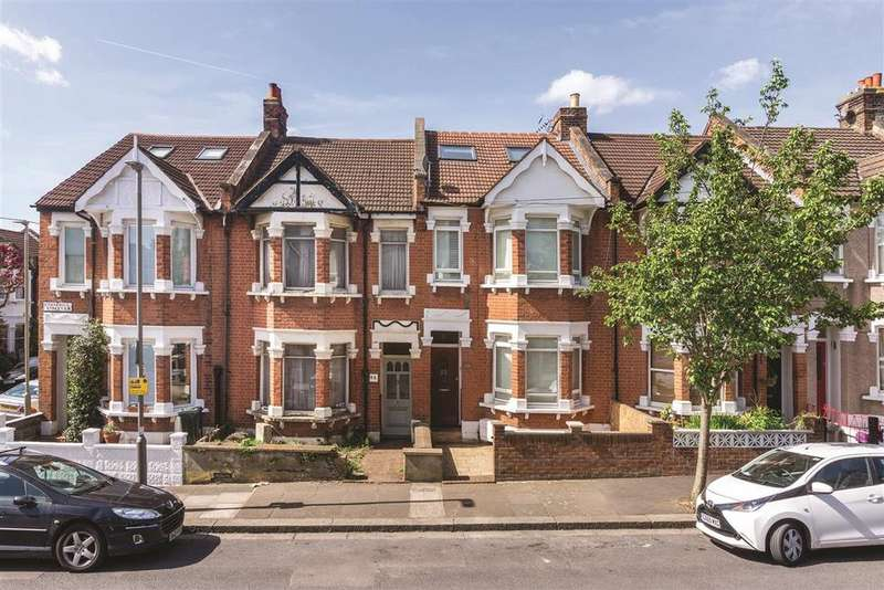 3 Bedrooms Terraced House for sale in Corsehill Street, SW16