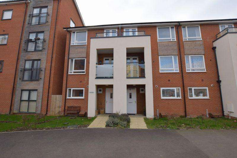 4 Bedrooms End Of Terrace House for sale in Wotherds Walk, Aylesbury