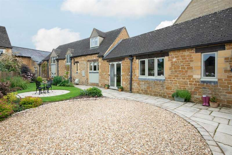 4 Bedrooms Barn Conversion Character Property for sale in Little Rissington, Gloucestershire