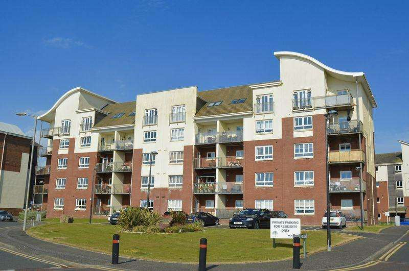 2 Bedrooms Flat for sale in Glenford Place, Ayr