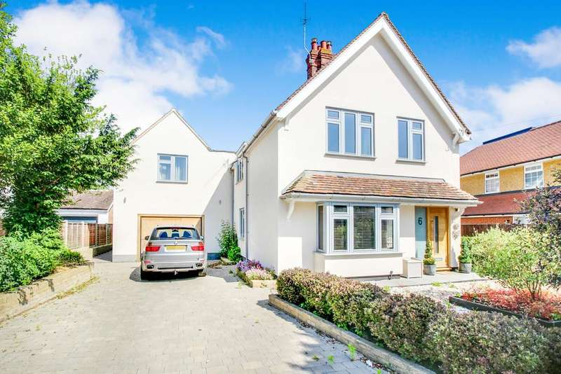 5 Bedrooms Detached House for sale in The Drive, Hertford