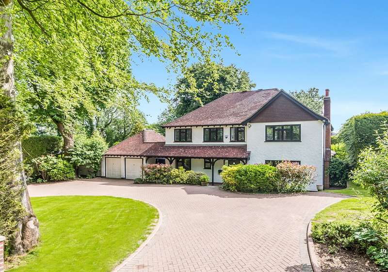 5 Bedrooms Detached House for sale in Ricketts Hill Road, Tatsfield, Westerham, Surrey, TN16