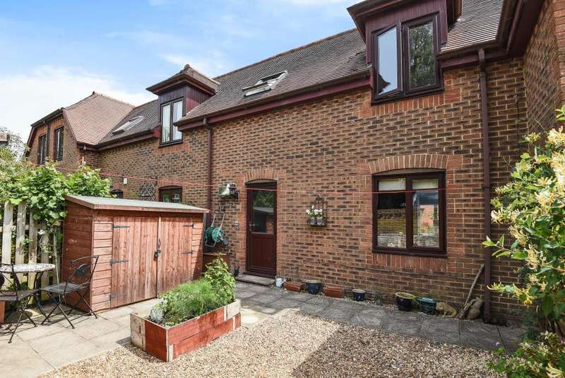 2 Bedrooms House for sale in Lynch Lane, Lambourn, RG17
