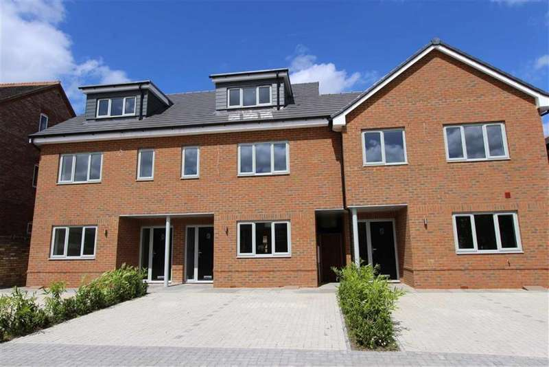 3 Bedrooms Terraced House for sale in High Street, Eaton Bray
