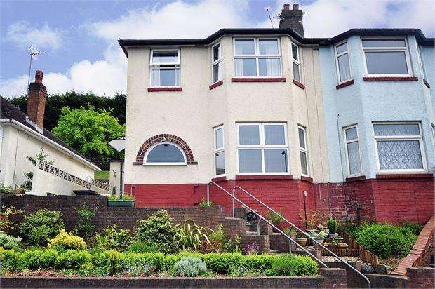 3 Bedrooms Semi Detached House for sale in East Grove Road, Ringland, Newport , Gwent. NP19 9QG