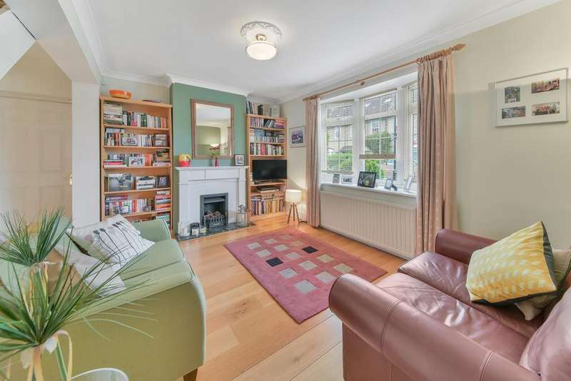 2 Bedrooms Terraced House for sale in Manchester Grove, Isle of Dogs E14