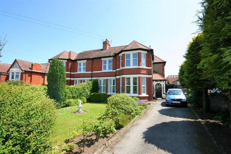 2 Bedrooms Flat for sale in Alexandra Road, West End, Colwyn Bay