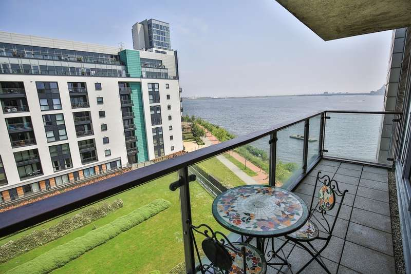 2 Bedrooms Penthouse Flat for sale in Ferry Court, Prospect Place, Cardiff Bay
