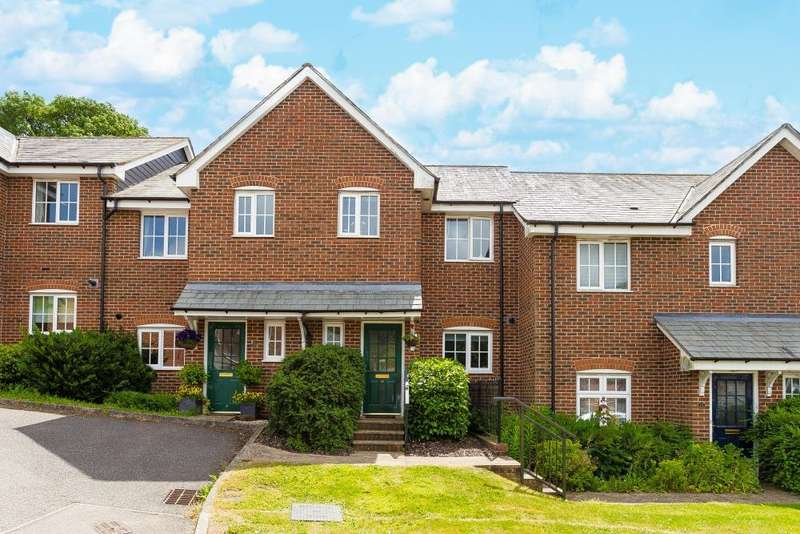 2 Bedrooms House for sale in Farriers way, Chesham