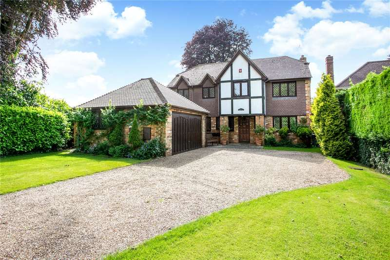 5 Bedrooms Detached House for sale in Ashwells Manor Drive, Penn, Buckinghamshire, HP10