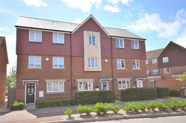4 Bedrooms Terraced House for sale in Sparrowhawk Way, Bracknell, Berkshire