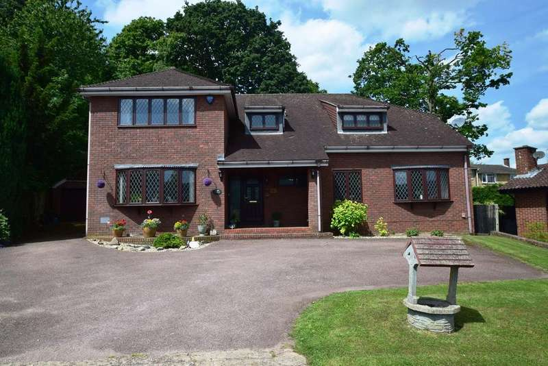 4 Bedrooms Detached House for sale in Woodlands, Walderslade Woods, ME5