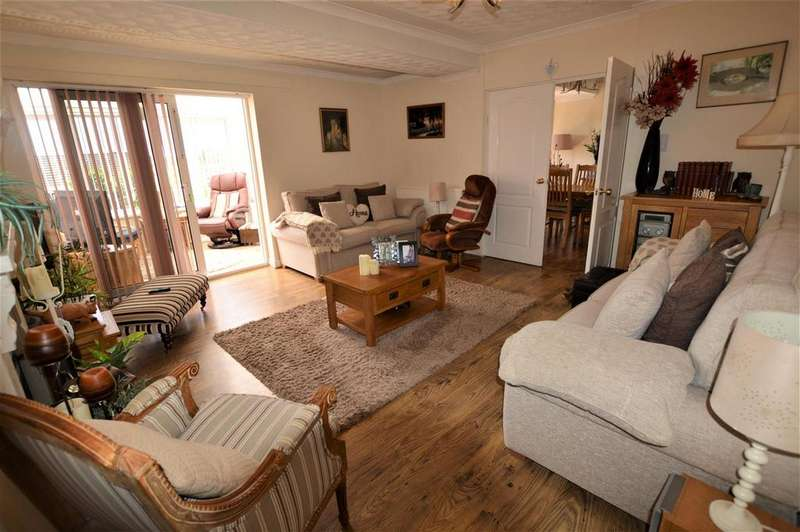 3 Bedrooms Detached House for sale in Colby Road, Burry Port