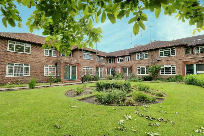 3 Bedrooms Flat for sale in Park Dale Court , Wolverhampton