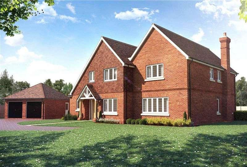 5 Bedrooms Detached House for sale in Bagshot Road, Chobham, Woking, Surrey, GU24
