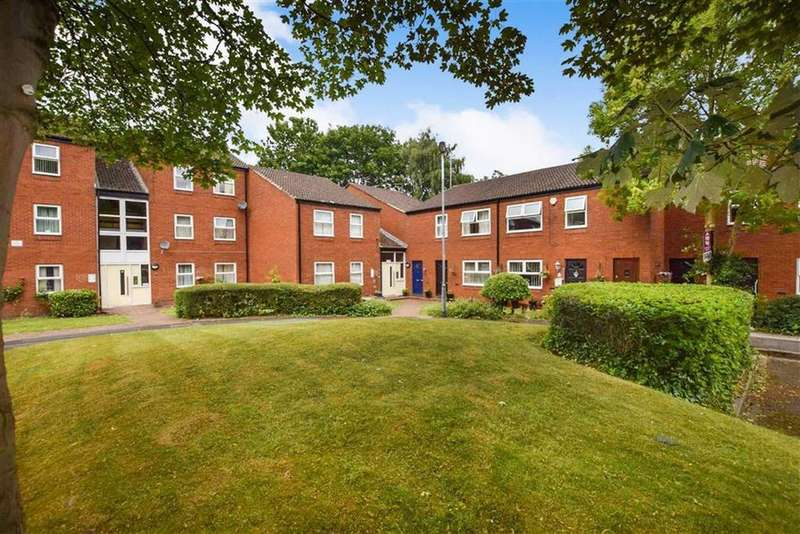 2 Bedrooms Apartment Flat for sale in Chartwell Drive, Brooklands, M23