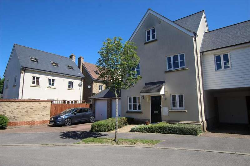 5 Bedrooms Semi Detached House for sale in Leywood Close, Braintree, Essex