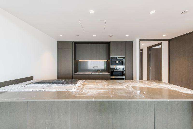 3 Bedrooms Apartment Flat for sale in One Blackfriars Road , London