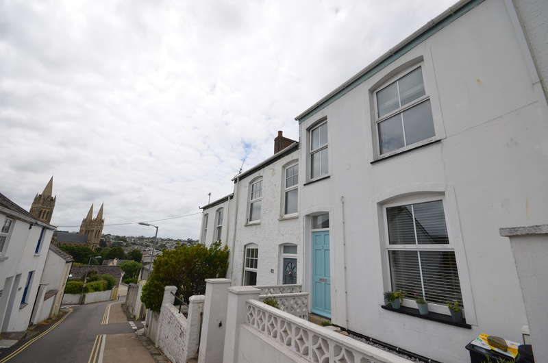 2 Bedrooms Terraced House for sale in 3 Compton Terrace