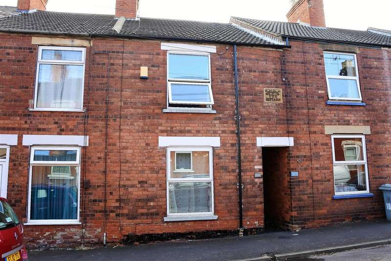 3 Bedrooms Terraced House for sale in Stamford Street, Grantham