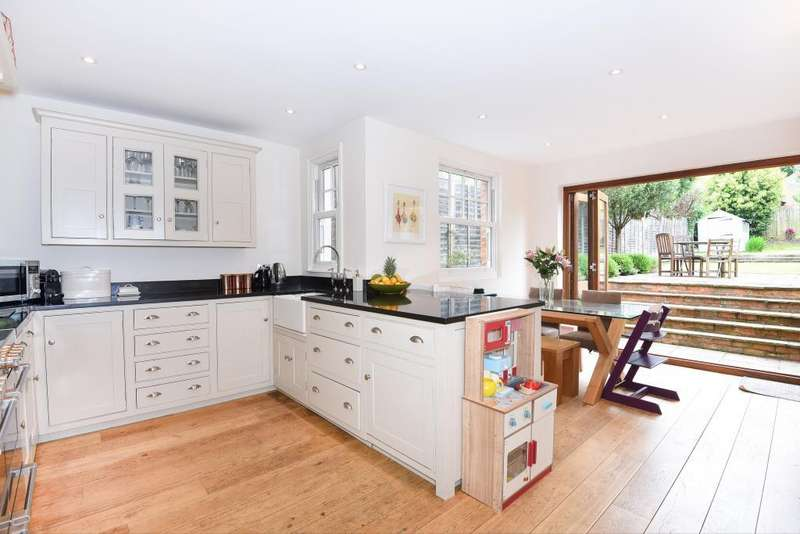 4 Bedrooms Detached House for sale in Wargrave, Berkshire, RG10
