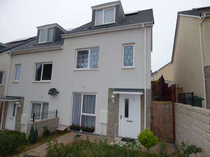 3 Bedrooms End Of Terrace House for sale in Plymouth, Devon, .