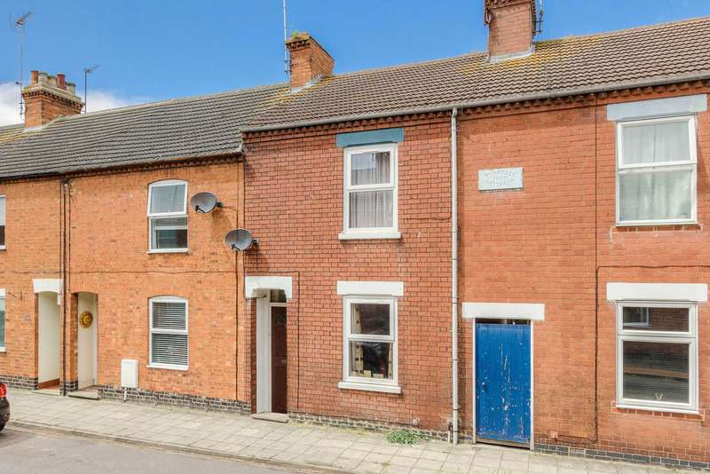 3 Bedrooms Terraced House for sale in St Giles St, New Bradwell
